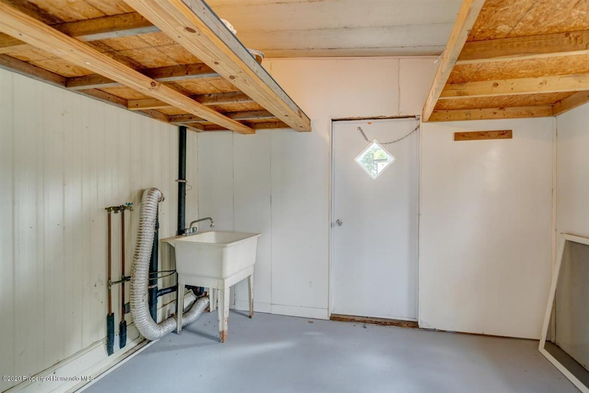 14-Laundry Room