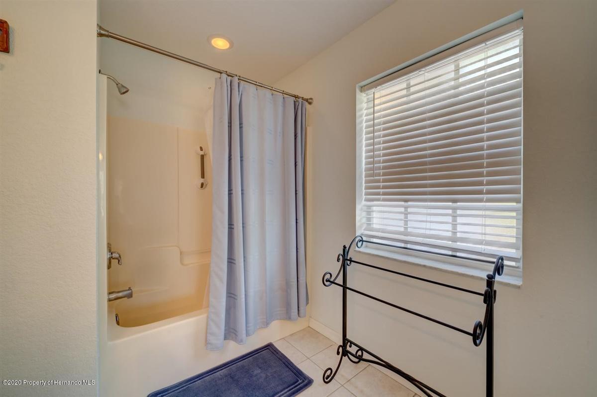 23-Master Bathroom