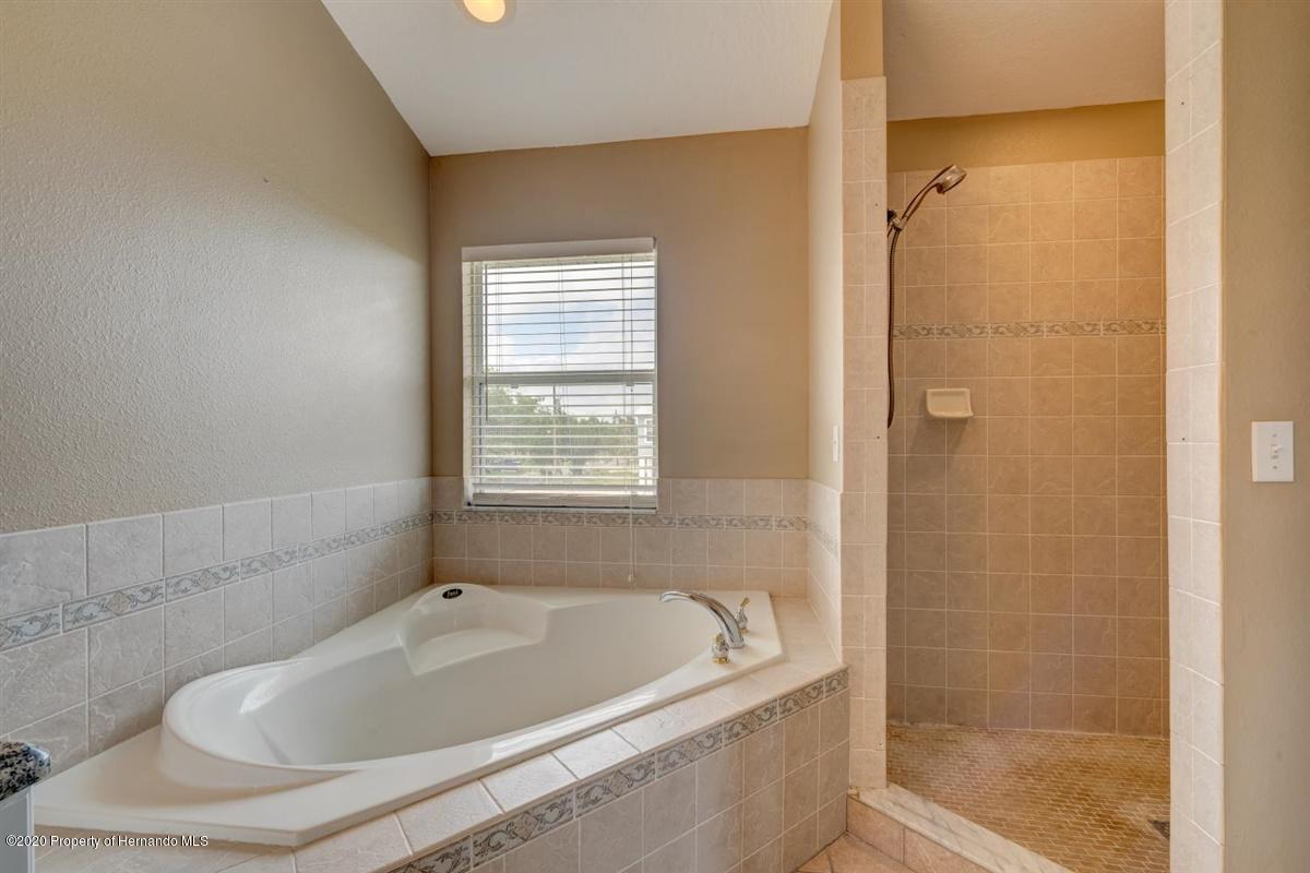 Garden Tub/Shower