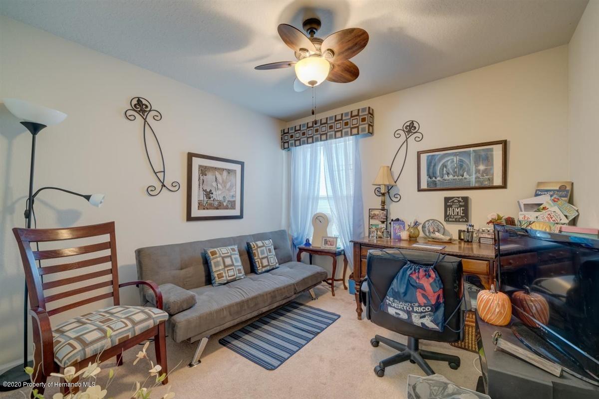 Bedroom 2-Office