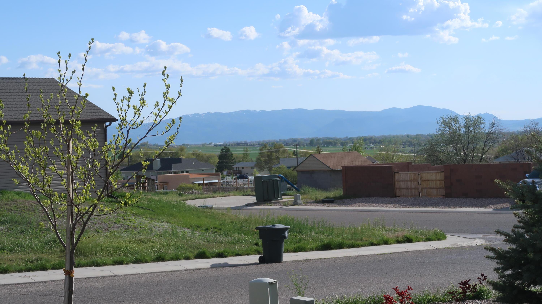 86239 1841 Saddleback View DR Enoch UT