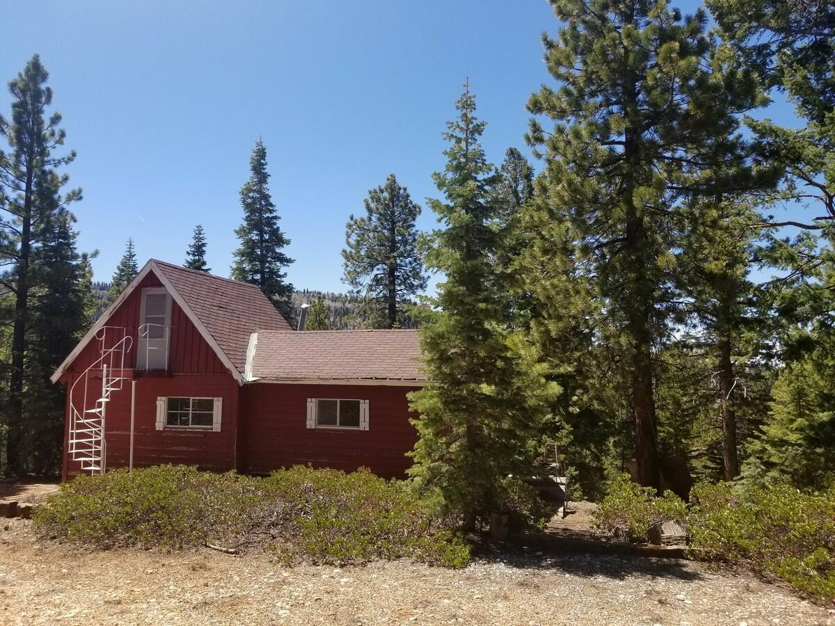 93770 445 Pine Top DR, Duck Creek Village, UT
