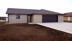 807 Lakeview Drive, Arnolds Park, IA 51331