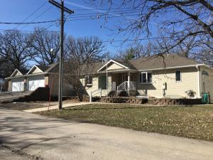 105 Pillsbury Point, Arnolds Park, IA 51331