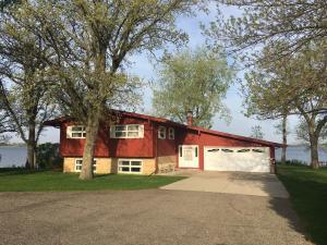 1206 Lakeside Avenue, Lake Park, IA 51347