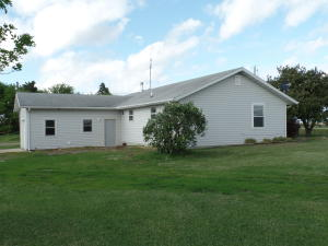 2141 250th Avenue, Milford, IA 51351