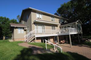 13750 240th Avenue, Spirit Lake, IA 51360