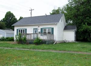 2106 Gary Avenue, Spirit Lake, IA 51360