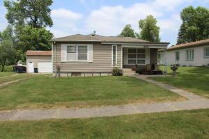 306 Lake Avenue, Lake Park, IA 51347