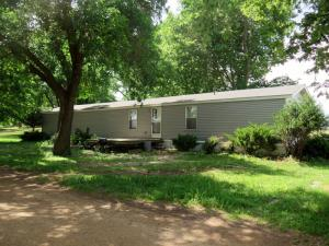 24720 McClelland Drive, Spirit Lake, IA 51358