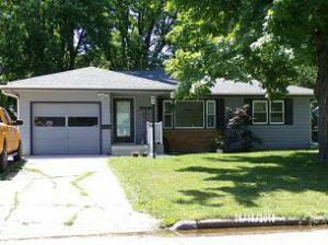 815 N 14th St, Estherville, IA 51334
