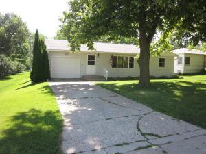 307 S 2nd Street, Lake Park, IA 51347
