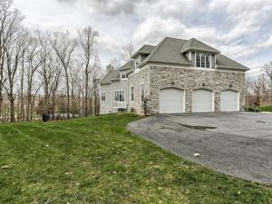 Additional photo for property listing at 1051 WOODRIDGE DRIVE  Hummelstown, 賓夕法尼亞州 17036 美國