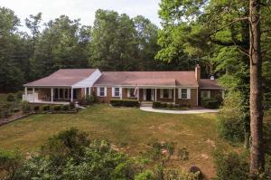 独户住宅 为 销售 在 725 YELLOW HILL ROAD Biglerville, 宾夕法尼亚州 17307 美国