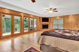 Additional photo for property listing at 725 YELLOW HILL ROAD  Biglerville, 宾夕法尼亚州 17307 美国