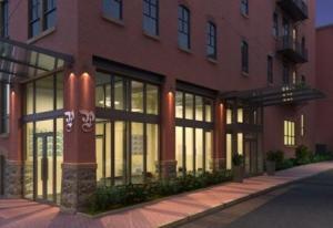 共管式独立产权公寓 为 销售 在 41 LEMON STREET 兰开斯特, 宾夕法尼亚州 17603 美国