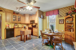 Additional photo for property listing at 410 WEGMAN ROAD  Reading, 賓夕法尼亞州 19606 美國