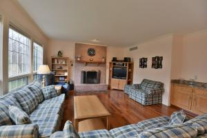Additional photo for property listing at 735 ZURICH DRIVE  Hummelstown, 宾夕法尼亚州 17036 美国