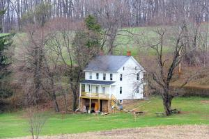 Vivienda unifamiliar por un Venta en 945 GRIM HOLLOW Red Lion, Pennsylvania 17356 Estados Unidos