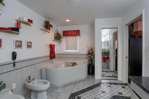 Additional photo for property listing at 376 COONHUNTER  Middleburg, 宾夕法尼亚州 17842 美国