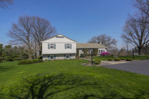 Additional photo for property listing at 509 FULTON STREET  Akron, 賓夕法尼亞州 17501 美國