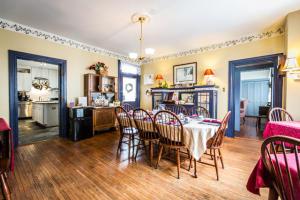 Additional photo for property listing at 62 MAIN STREET  Lititz, Pennsylvania 17543 Estados Unidos