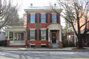 Additional photo for property listing at 62 MAIN STREET  Lititz, Pennsylvania 17543 Estados Unidos