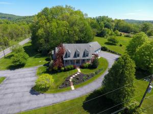 Additional photo for property listing at 554 WILLOW STREET  Reinholds, Pennsylvania 17569 Estados Unidos