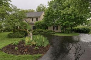 Additional photo for property listing at 10 OAKWOOD LANE  Lititz, Pennsylvania 17543 United States