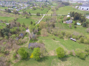 Additional photo for property listing at 327 CAMPBELL ROAD  York, Pennsylvania 17402 Estados Unidos