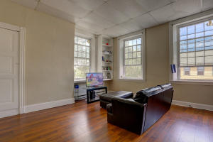 Additional photo for property listing at 206 MAIN STREET  Mount Joy, 賓夕法尼亞州 17552 美國