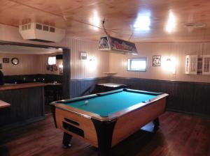 Additional photo for property listing at 1075 TURNPIKE  Elizabethtown, Pennsylvania 17022 Estados Unidos