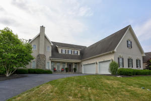 Single Family Home for Sale at 707 GOOSE NECK DRIVE Lititz, Pennsylvania 17543 United States
