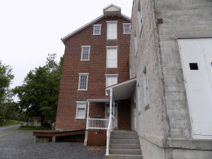Additional photo for property listing at 211 QUARRY ROAD  Myerstown, 賓夕法尼亞州 17067 美國