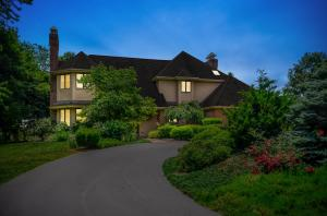 獨棟家庭住宅 為 出售 在 976 GOVERNOR ROAD Hershey, 賓夕法尼亞州 17033 美國