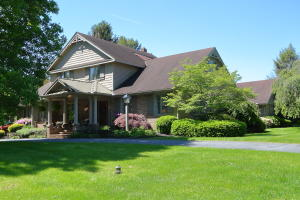 Additional photo for property listing at 618 HEATHER LANE  Lancaster, Pennsylvania 17603 United States