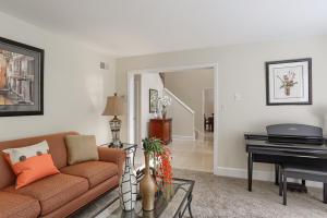 Additional photo for property listing at 1109 ARCHERS GLEN  Lancaster, Pennsylvania 17601 Estados Unidos