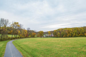 Additional photo for property listing at 984 HILL ROAD  Robesonia, Pennsylvania 19551 Estados Unidos