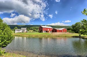 獨棟家庭住宅 為 出售 在 3923 LIBERTY VALLEY ROAD Ickesburg, 賓夕法尼亞州 17037 美國