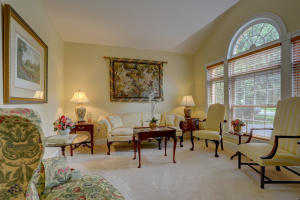 Additional photo for property listing at 74 OAKHILL DRIVE  Lititz, Pennsylvania 17543 Estados Unidos