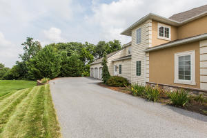 Additional photo for property listing at 152 HUNTINGWOOD DRIVE  Lancaster, Pennsylvania 17602 United States