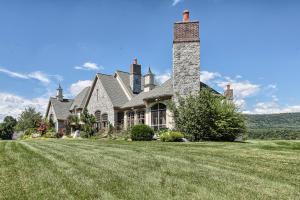 Additional photo for property listing at 1383 AV ACRI ROAD  Harrisburg, Pennsylvania 17112 United States