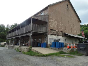 Additional photo for property listing at 330 SHILOH ROAD  Morgantown, 宾夕法尼亚州 19543 美国