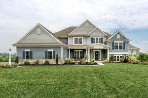 Vivienda unifamiliar por un Venta en 153 WILLOW CREEK LANE Hummelstown, Pennsylvania 17036 Estados Unidos