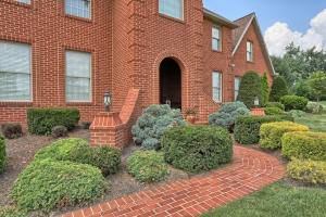 Additional photo for property listing at 135 CLUB TERRACE  Lebanon, Pennsylvania 17042 United States