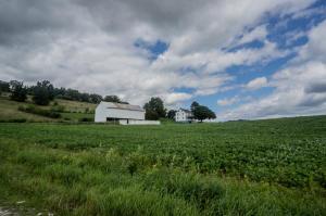 Vivienda unifamiliar por un Venta en 3784 LAUREL LANE Glen Rock, Pennsylvania 17327 Estados Unidos
