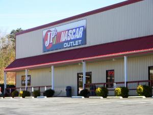 224 Peavine Rd, Crossville, TN 38555
