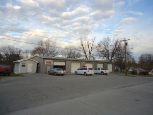 816 Patterson St, Madisonville, TN 37354