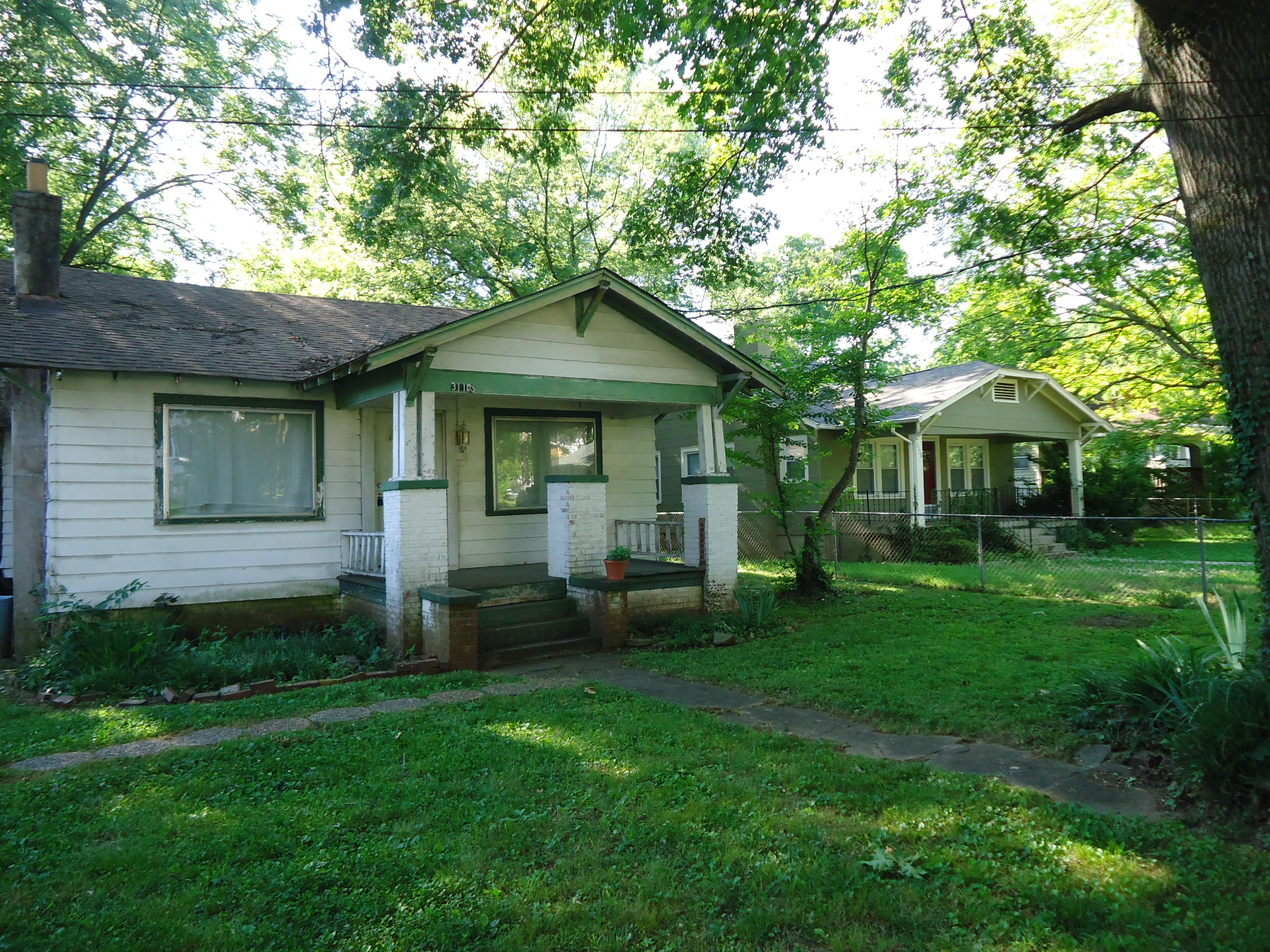 3110 Sevier, Knoxville, Tennessee, United States 37920, 2 Bedrooms Bedrooms, ,1 BathroomBathrooms,Single Family,For Sale,Sevier,968077