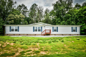 143 Moyers Lane, Speedwell, TN 37870
